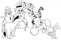 Зима, герои винни пуха лепят снеговика Раскраски зимушка зима