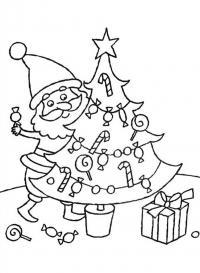 Дед мороз украшает елку конфетами Раскраски на тему зима