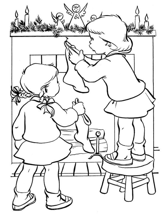 Дети вешают носочки для подарков на камин Зимние рисунки раскраски