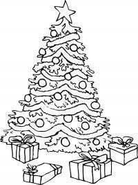 Елка с подарками, лежащими рядом коробками Детские раскраски зима распечатать