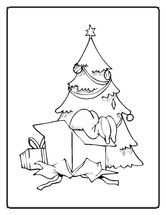 Елка с подарками и ребенок лезет в коробку Раскраски зимушка зима